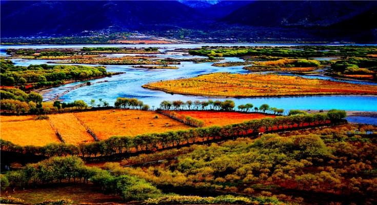 三月人间天堂在林芝-17年西藏我为桃花狂人间圣地至美佛... 【线路寄语】离太阳最近的地方西藏,在藏东南地区有一片遗落人间的桃源秘境,它分布在西藏林芝地区的林芝、米林一带,在这片人迹罕至的山谷里,绵延数百公里,数以万计的野桃花肆意地盛开,灿若云锦、宛如仙境!因此各地游人盛赞西藏林芝拥有中国最美的春天。春回大地,花为信使!